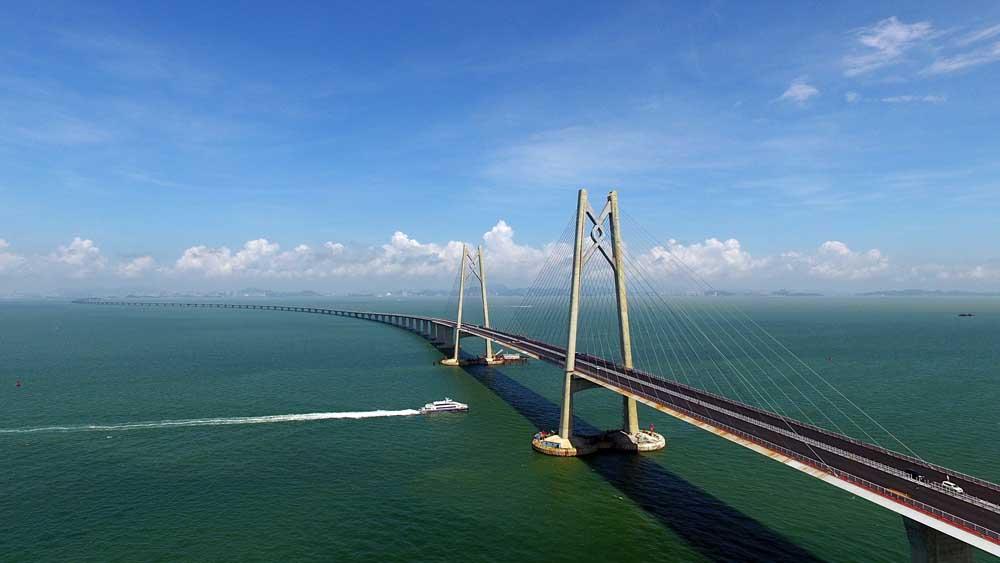 Macau paid 3.32 billion patacas for the construction of the bridge to Hong Kon