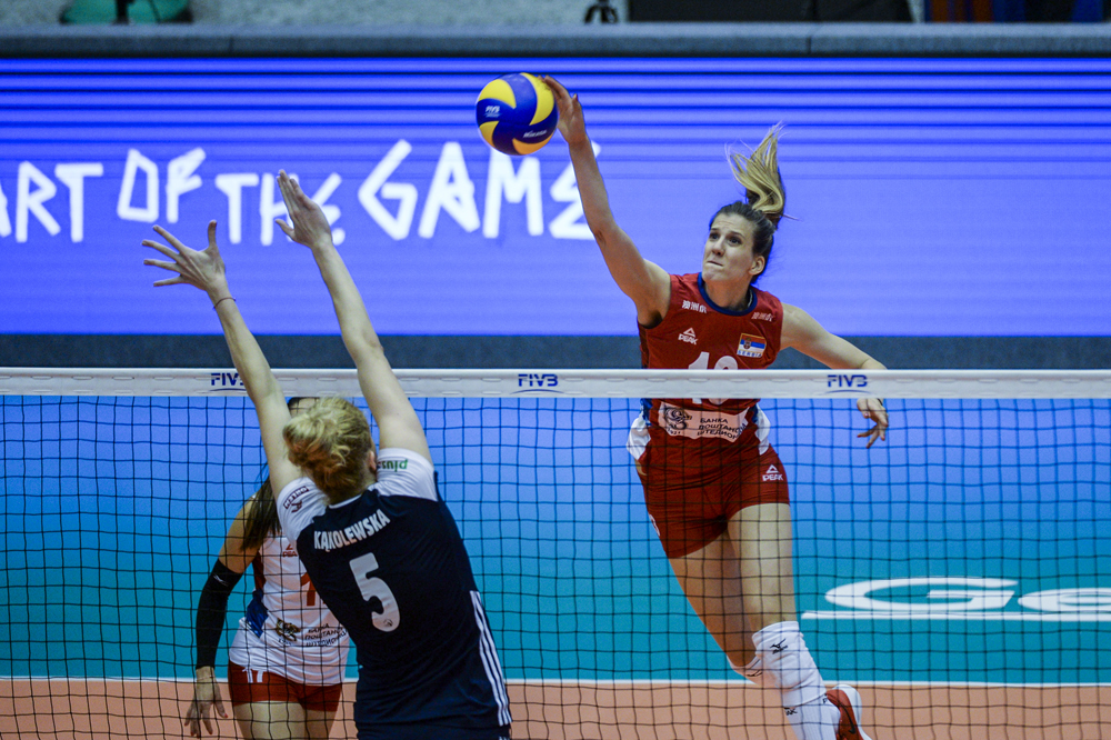 Mihajlovic helps serbs grind out win over Poland