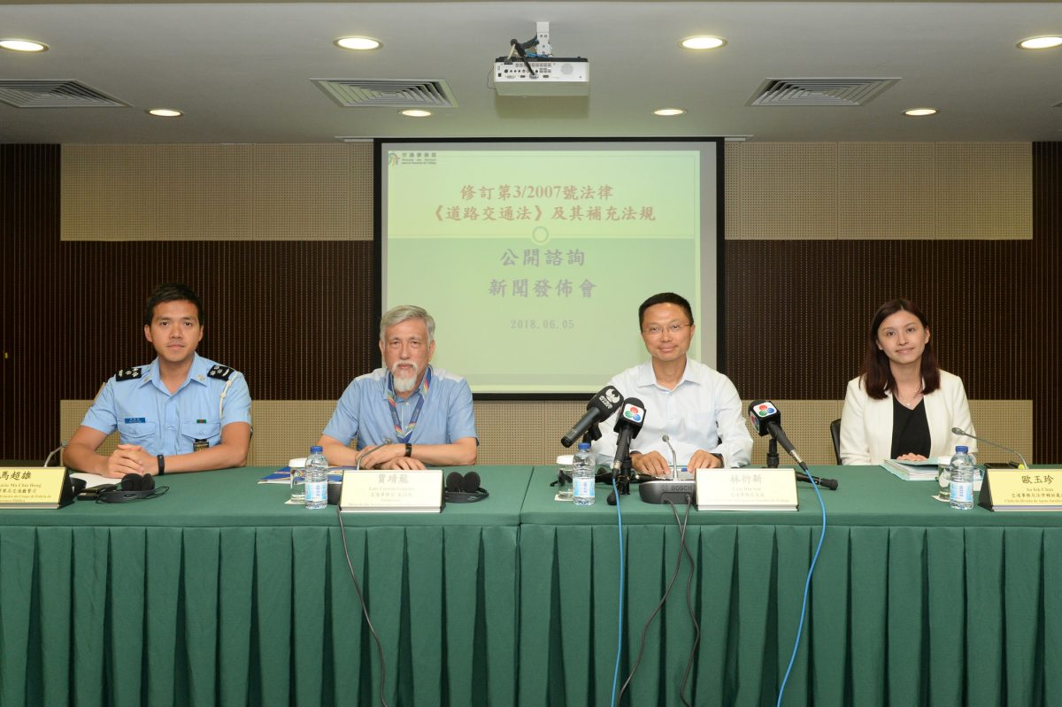 Govt to consult public on tougher traffic offence penalties
