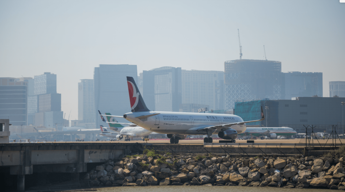 Macao int'l airport passenger traffic reaches new record in July
