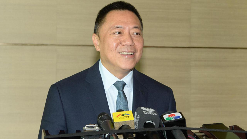 Leong Vai Tac reaffirms ban on hiring of non-local dealers