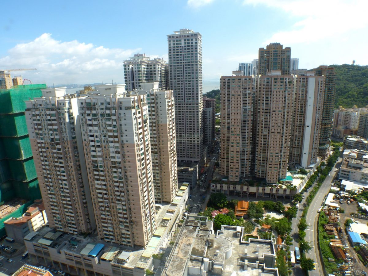 Property prices to drop up to 10 pct this year: JLL
