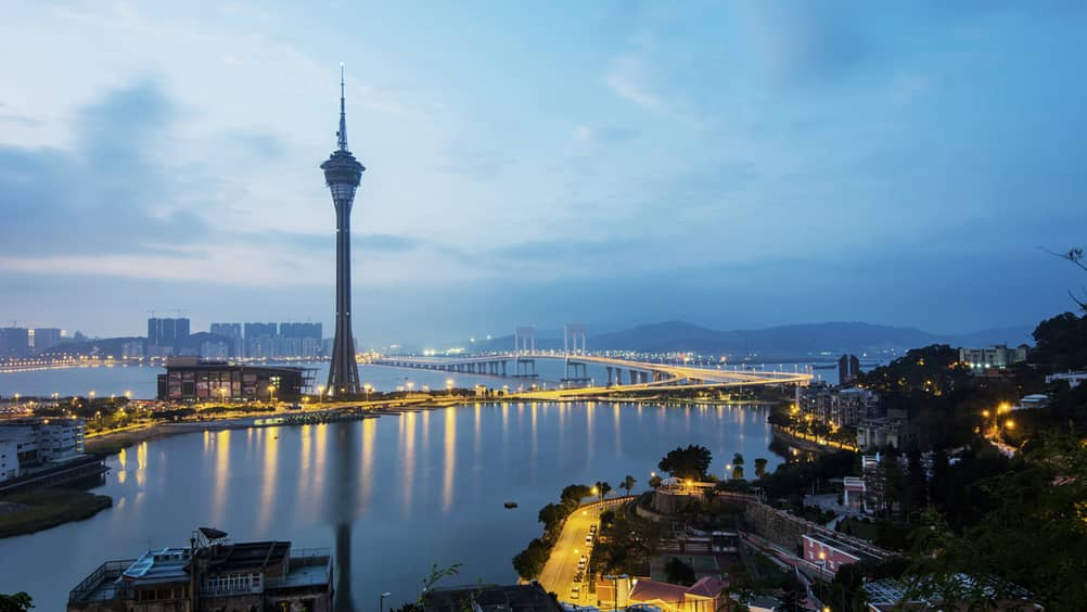 IMF projects Macau's economy will contract slightly to 4.3% by 2019