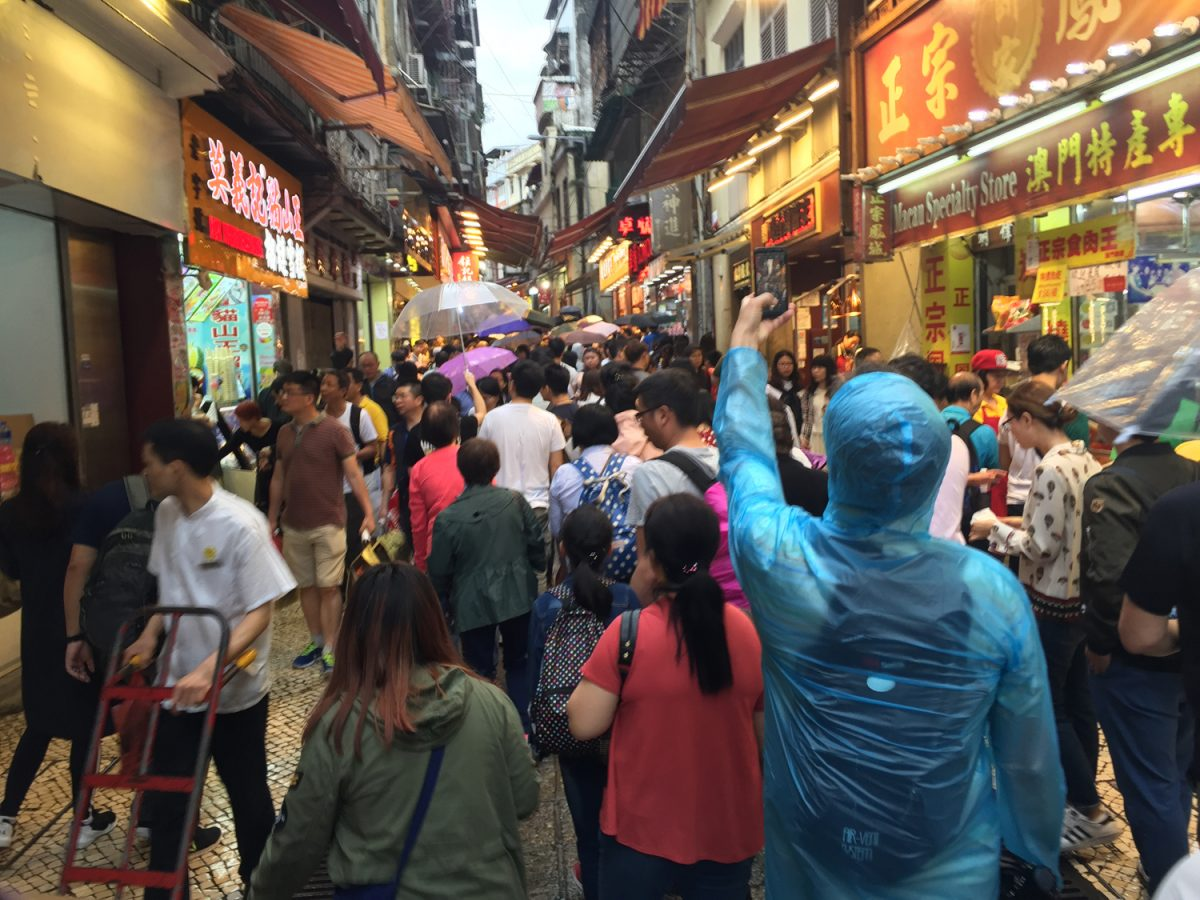 Over 10 million visitors in Q3, up 21 pct