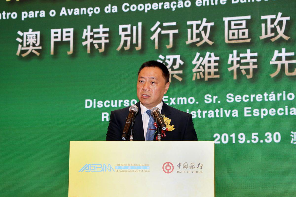 Q1 economy suffers negative growth: Leong