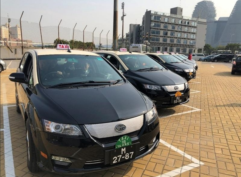 Taxi group applies for fare hike, wants 22 patacas for flag fall
