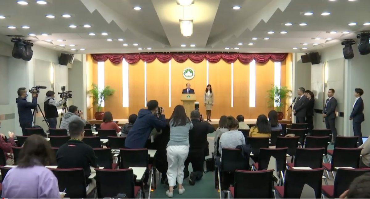 No reason to ban visitors from Wuhan, said Chief Executive Ho Iat Seng