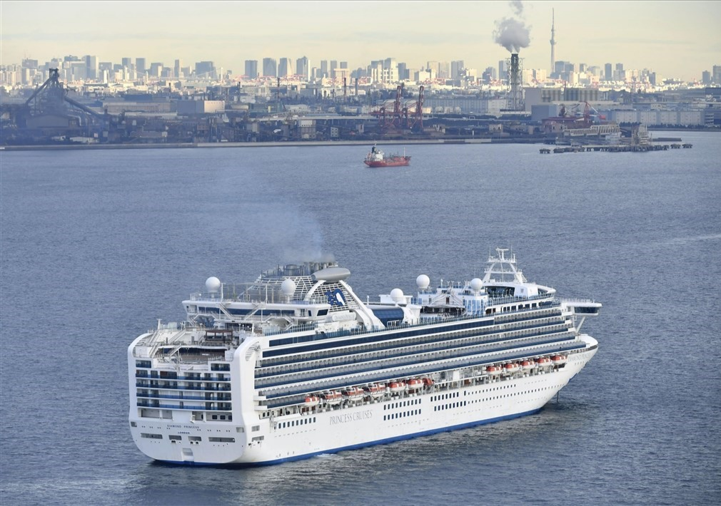 2 local seniors quarantined on cruise ship off Yokohama