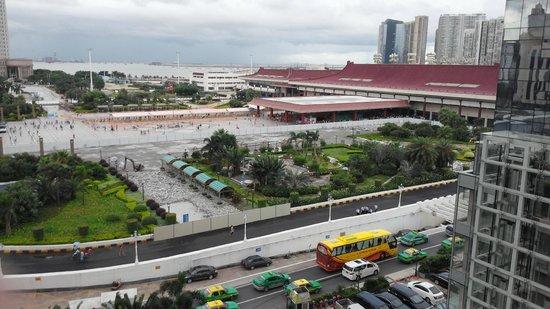 Macau's borders crossed by 46,000 people daily