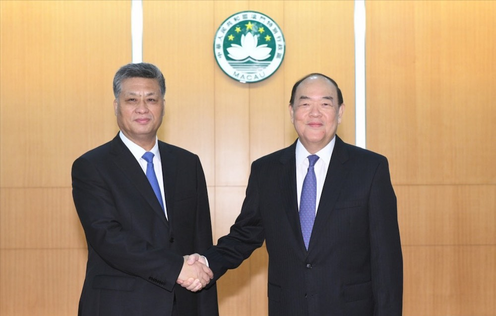 A meeting regarding an overall plan for Guangdong-Macau intensive cooperation zone is held in Macau