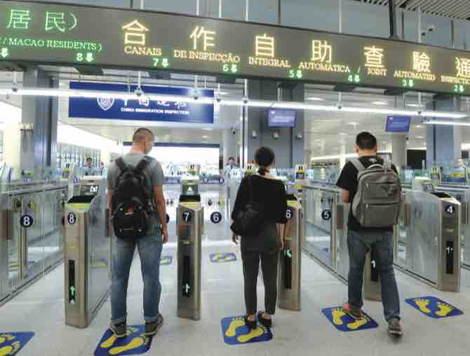 Macau bans foreign non-resident workers' entry