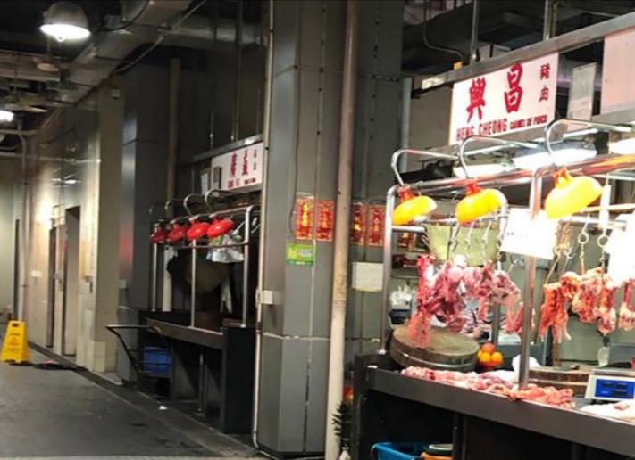 IAM urges wet market vendors to cut fresh pork prices