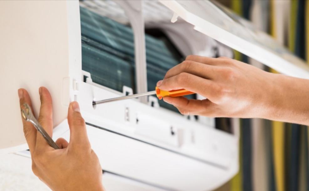 Man dies checking friend's air-conditioner