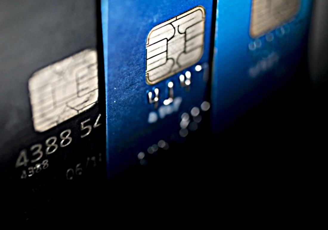 Credit card turnover, repayments fall in Q1