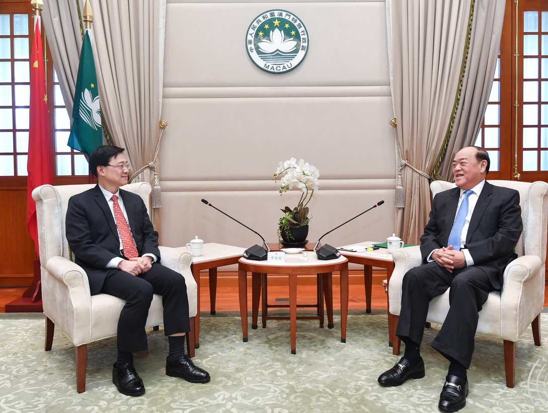 Hong Kong security chief meets Macao CE to learn about national security
