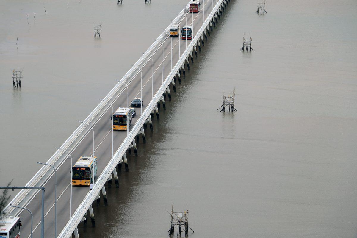 Woman dies after falling off 'Old Bridge'