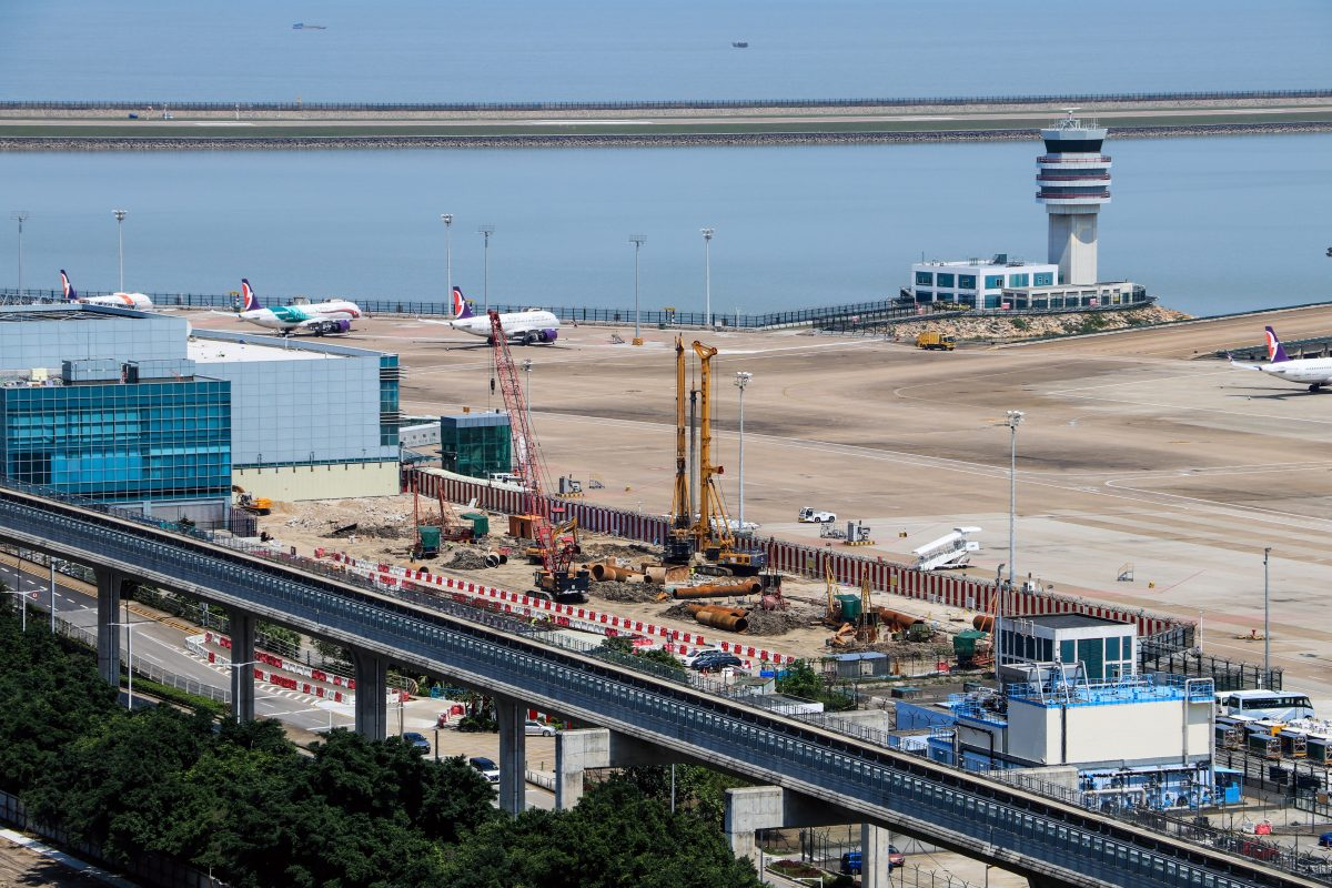Aviation sector in 'very difficult' time