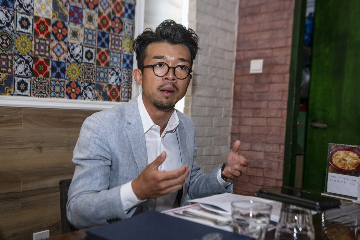 Entrepreneur Joe Liu supports the importation of qualified foreign professionals