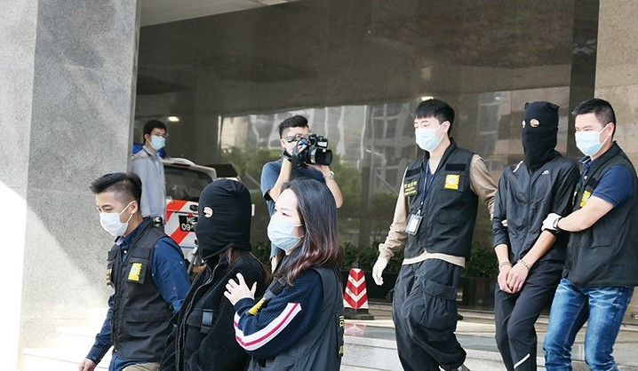 Macao, Zhuhai police nab 14 people-smuggling suspects