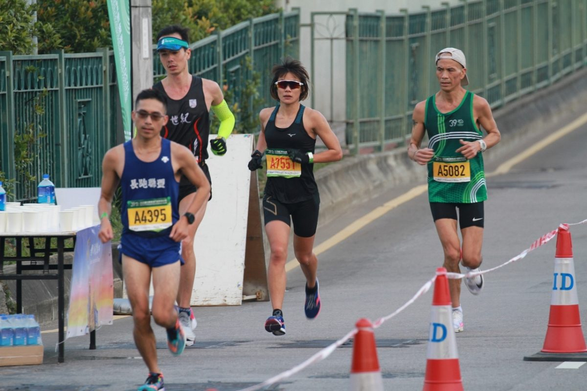 Woman wins local category of Macao International Marathon for 13th time (Update)
