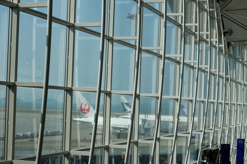Hong Kong suspends UK flights
