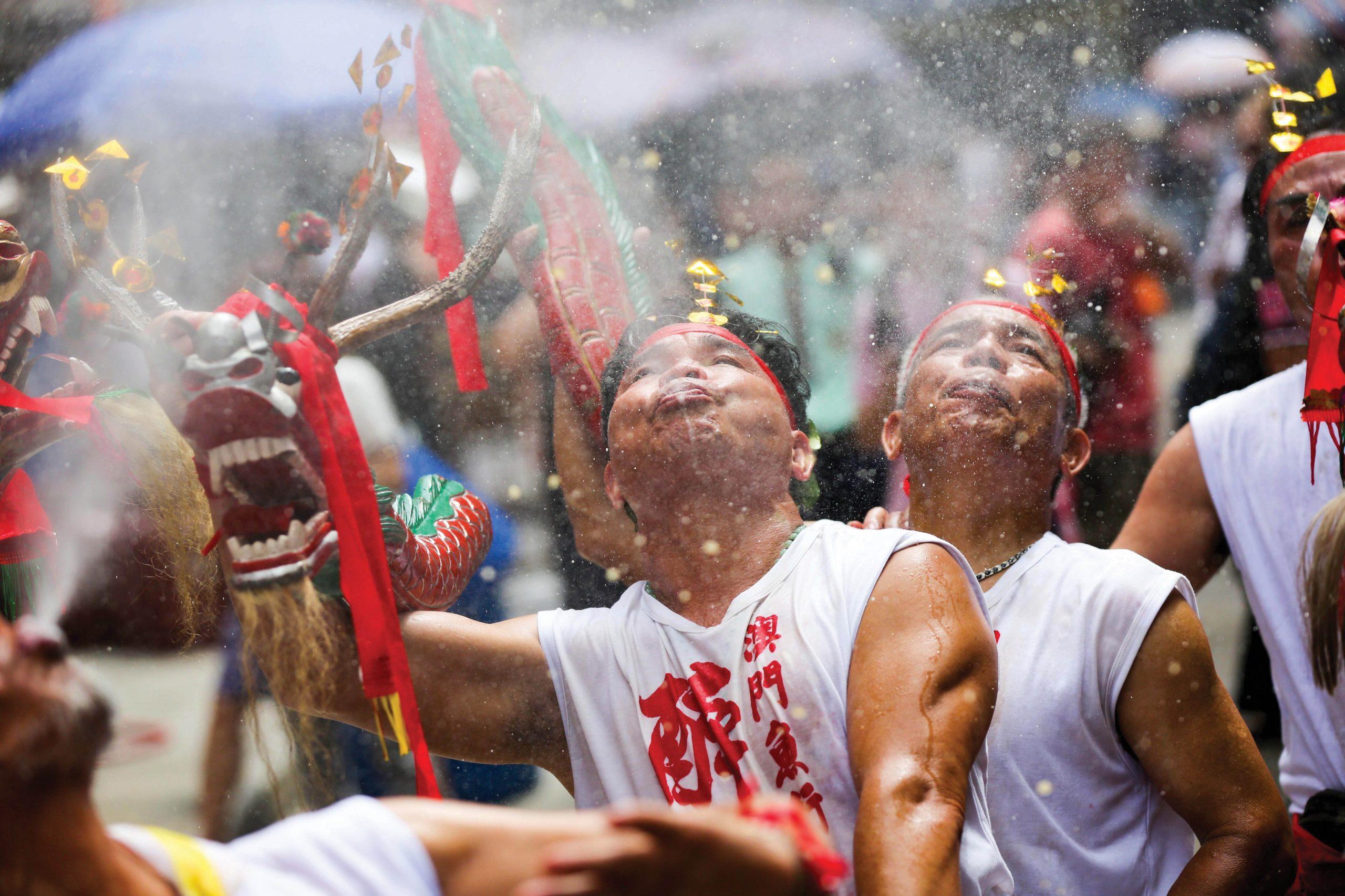 The Festival of Drunken Dragon - Photo by Cheong Tam Ka