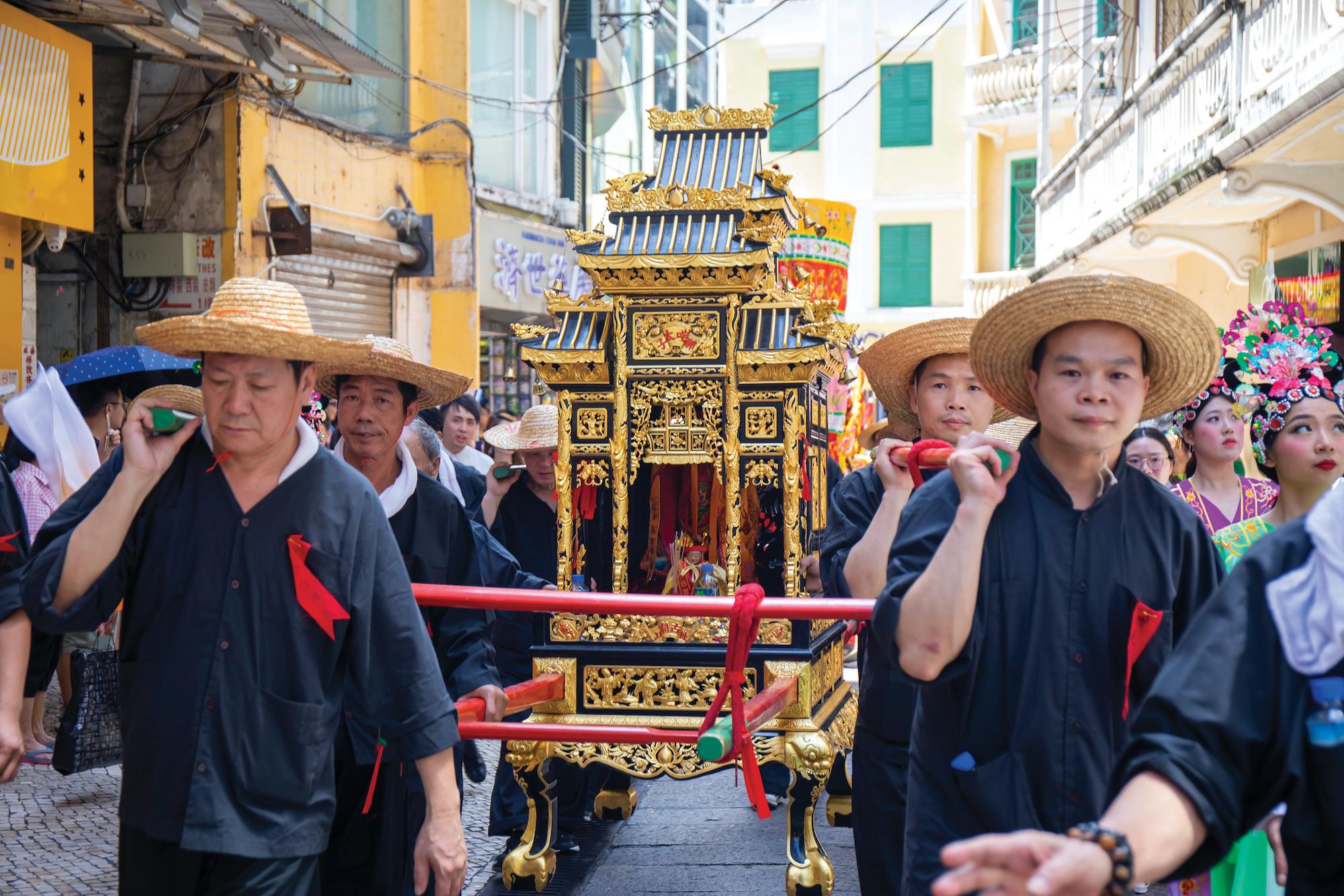 Na Tcha parade - Photo by Cheong Kam Ka