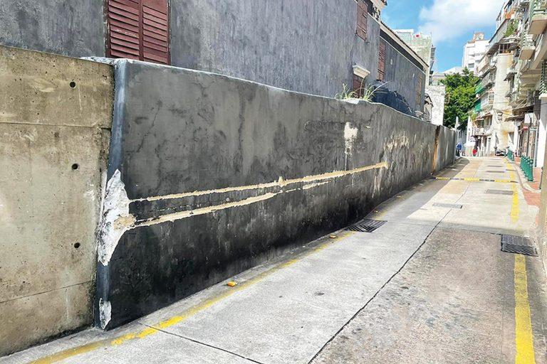 Mandarin's House damaged
