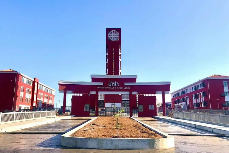 Cabo Verde University