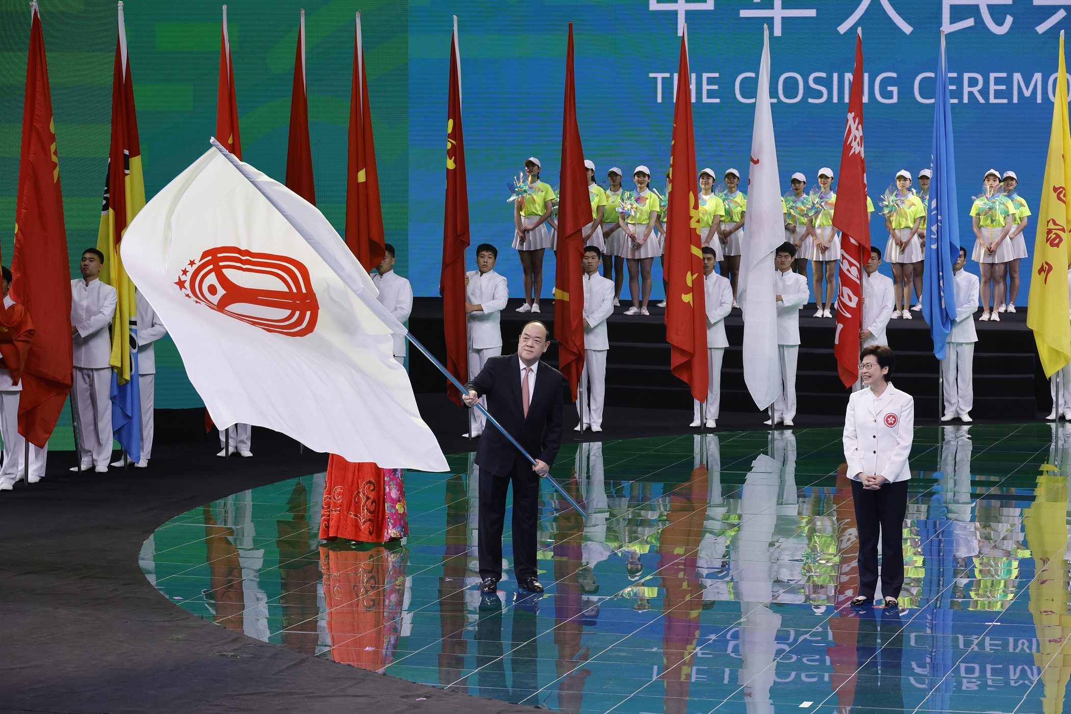 Ho Iat Seng at 14th National Games closing ceremony